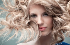 "Укладка волос в салоне красоты ""Валена Моргун"""
